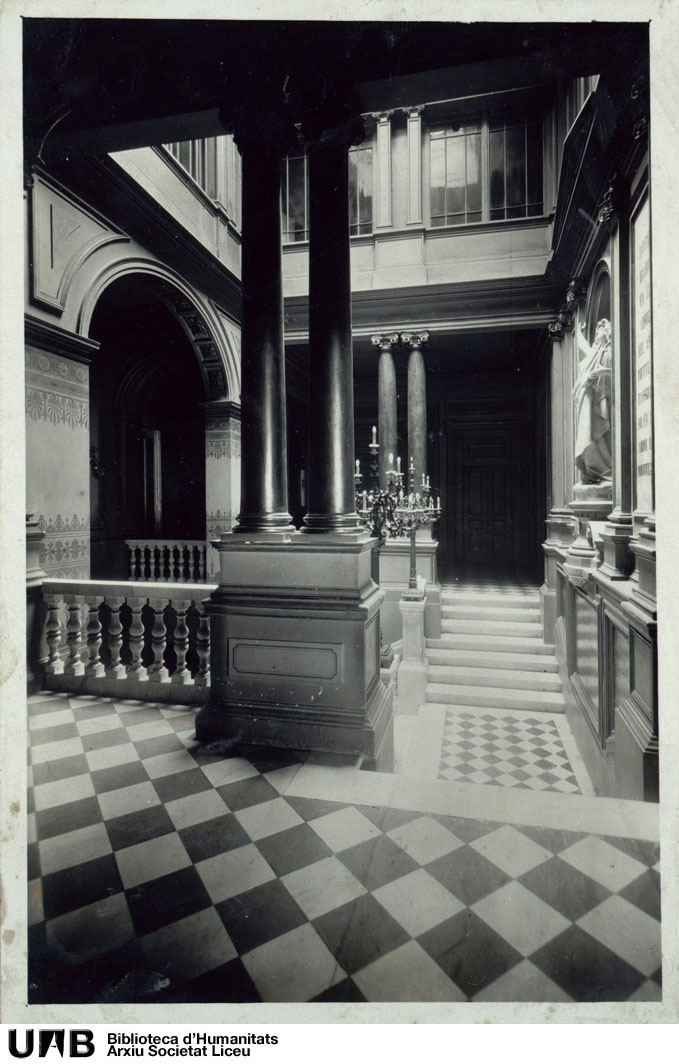 Fotografies de l'edifici del Liceu